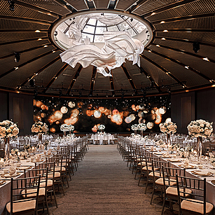 Spectacular Hotel Themes for a Stylish Wedding
